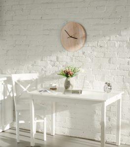 okrągły zegar drewniany