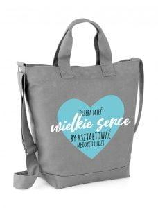 szara torba z niebieskim sercem dla nauczyciela