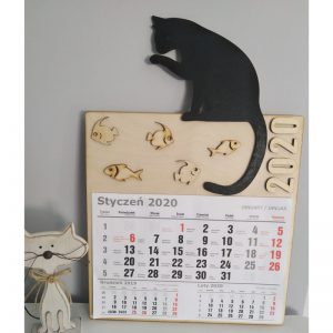 Kalendarz ze sklejki kot i rybki