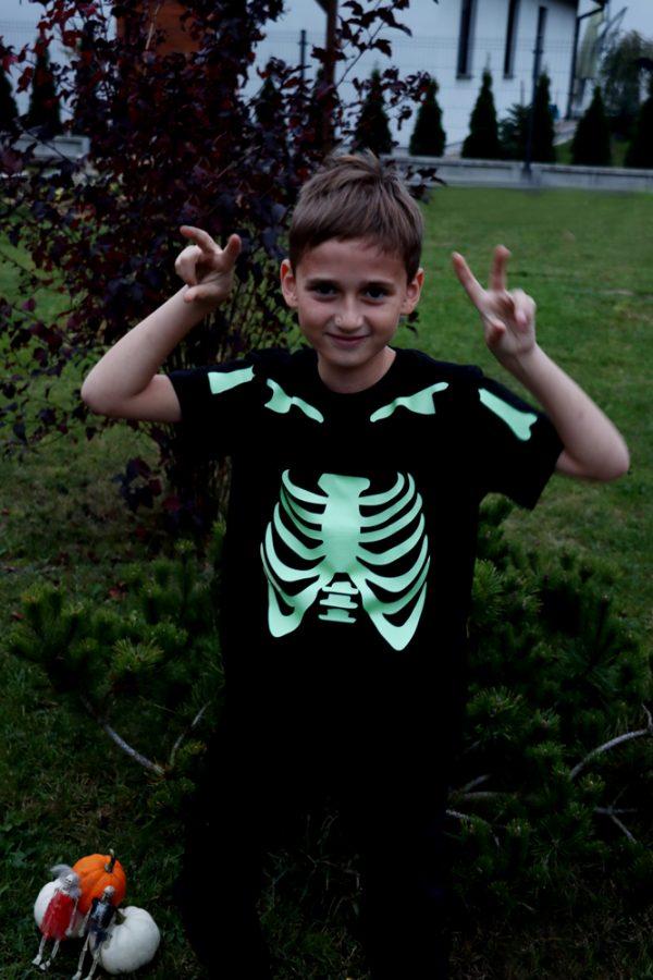 koszulka szkielet fluo świeci w ciemnościach
